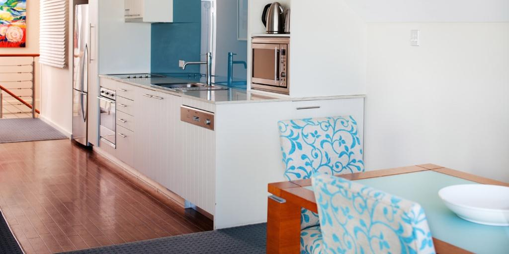 2 Bed Villa Kitchen: Seashells Mandurah
