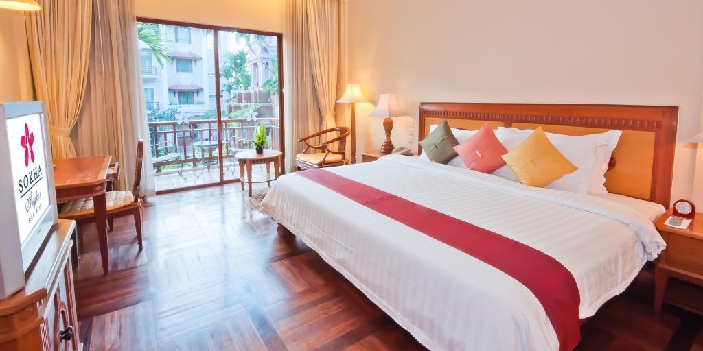 Deluxe Room: Sokha Angkor Resort