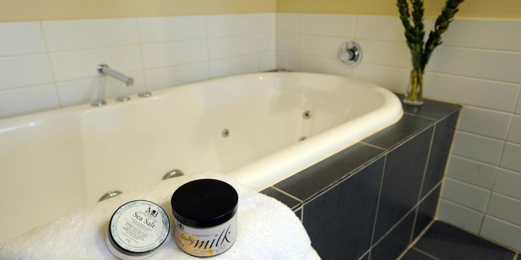 Bathroom: The Sebel Launceston