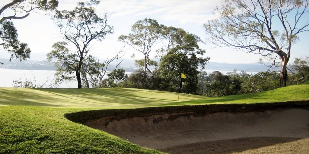 Tasmania GC has a beauty all of its own combining stands of eucalyptus trees and native shrubs