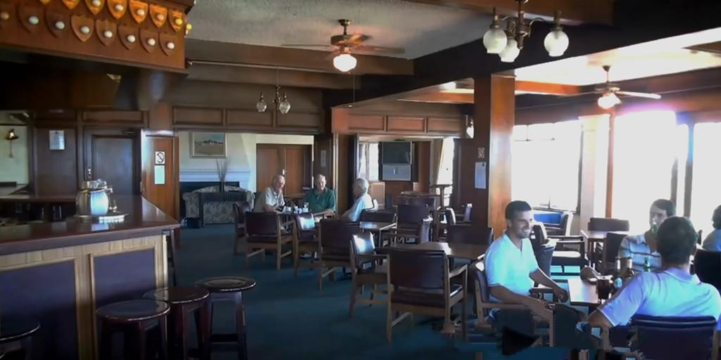 Humewood GC: Clubhouse interior