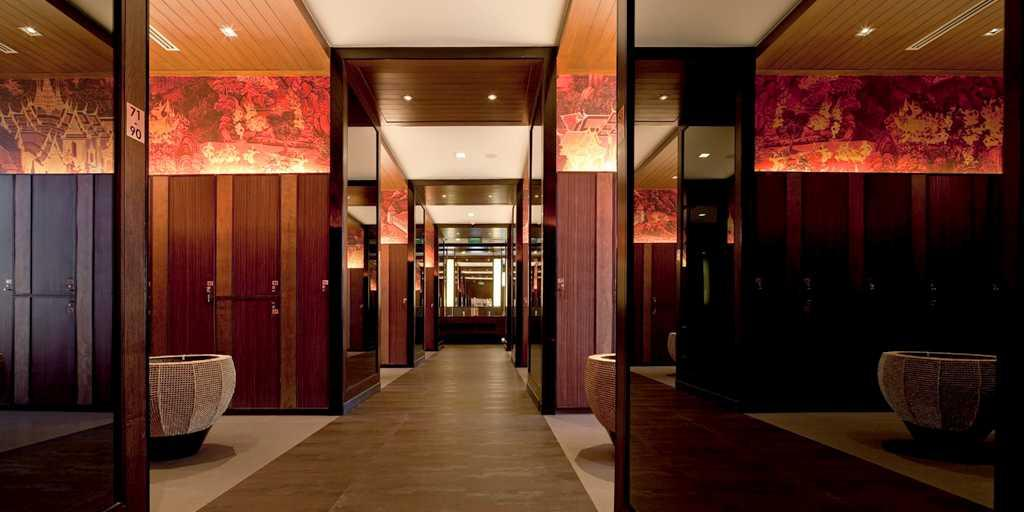 The impeccable locker room at Banyan's Clubhouse