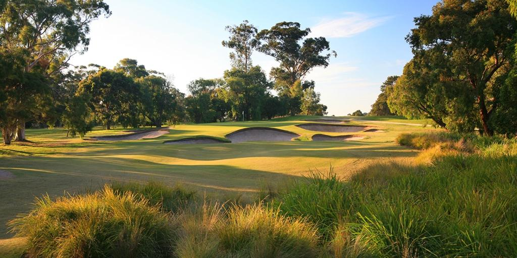 Hole 3 Huntingdale GC