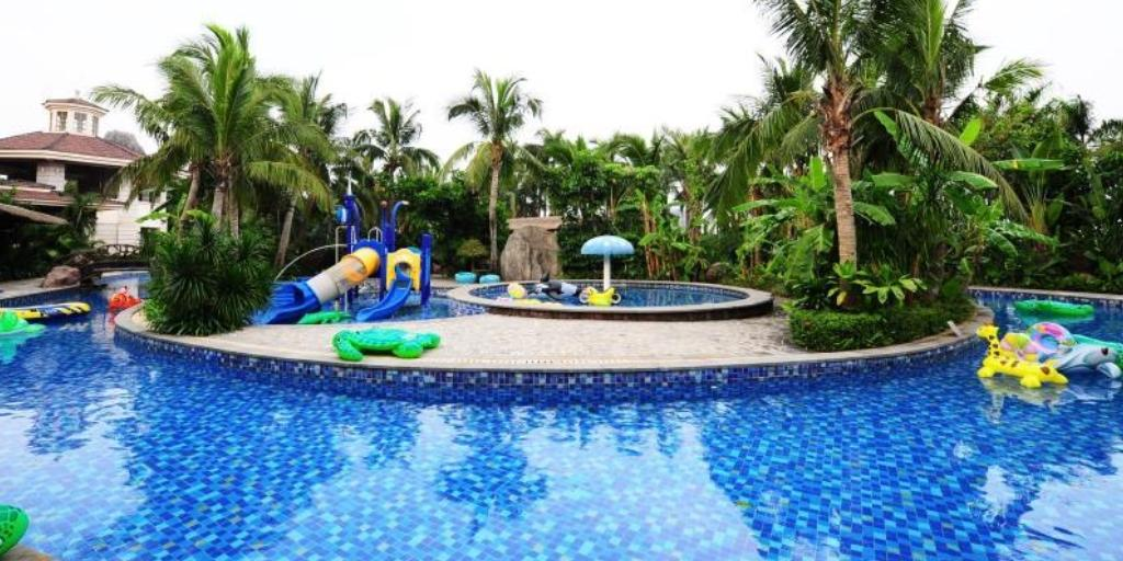 Pool: Mission Hills Resort, Haikou