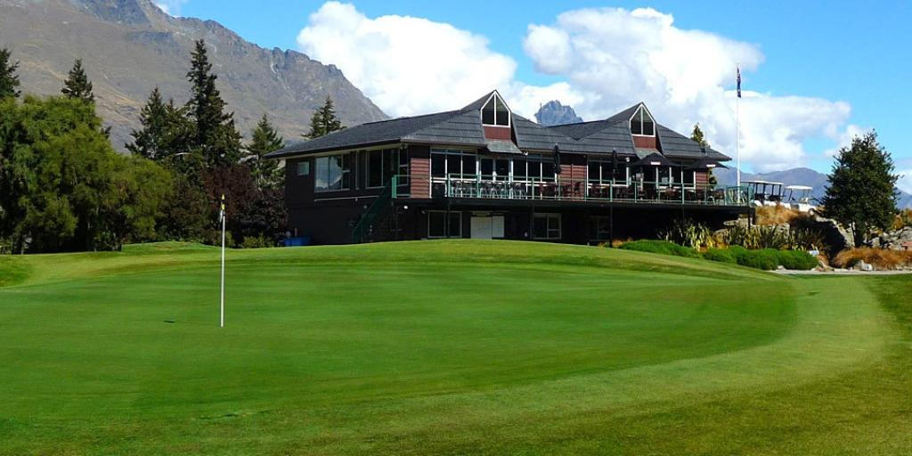 Clubhouse Queenstown GC