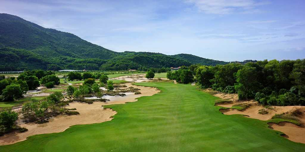 Almost there - Hole 17, Laguna Lang Co GC