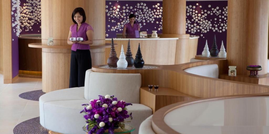Lobby: Angsana Laguna Phuket