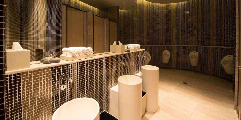 bathroom: Novotel Danang Premier Han River