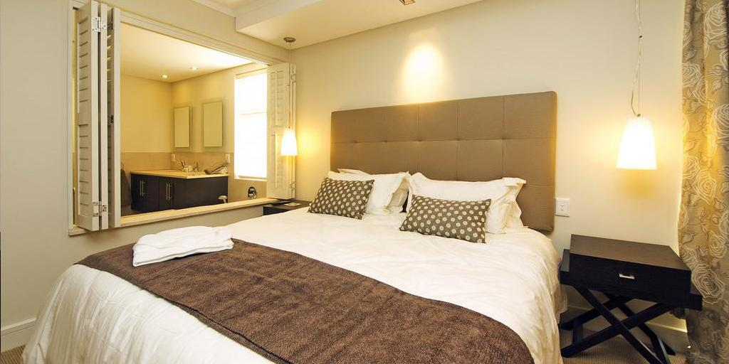 All rooms offer panoramic views with open-plan living area and gas Braai on the patio