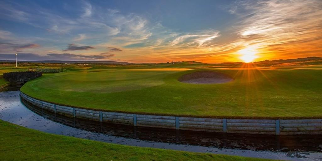Castlerock Golf Club: Sunset over the 6th