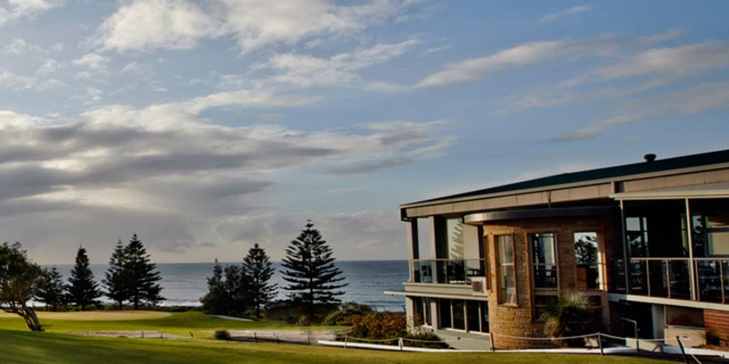 Clubhouse Shelley Beach GC