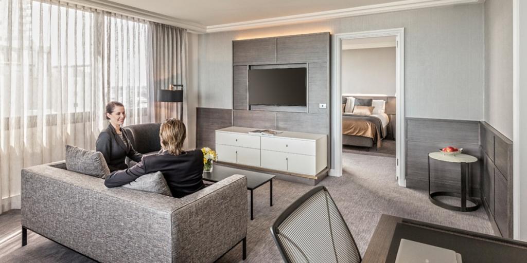 Guestroom: Pan Pacific Perth