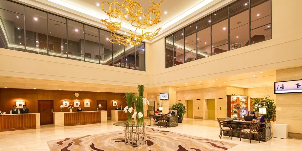 Lobby: Duxton Hotel Saigon