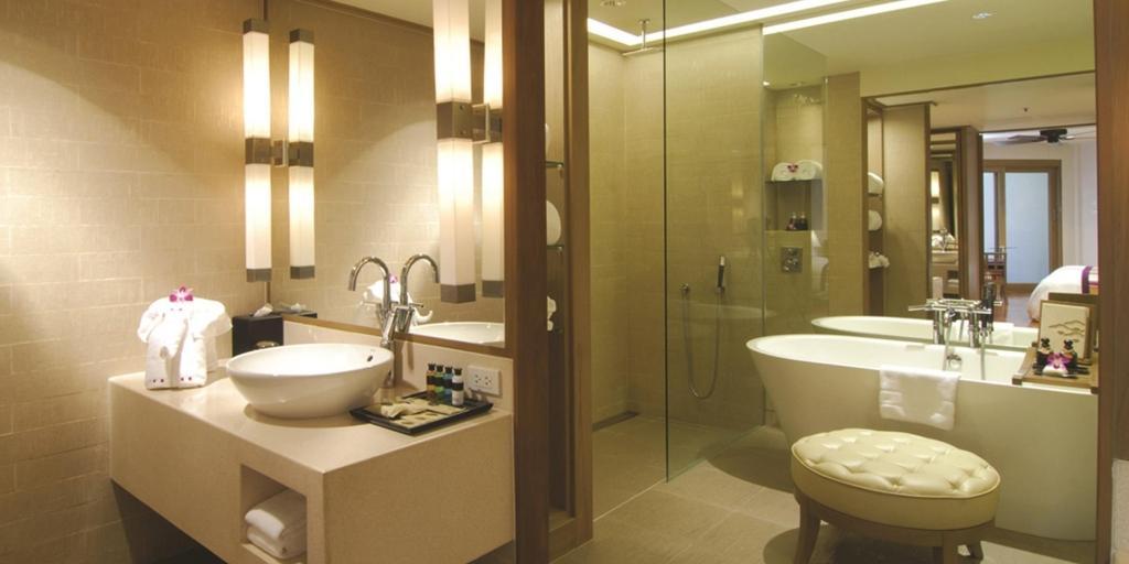 Bathroom: Pattaya Marriott Resort & Spa