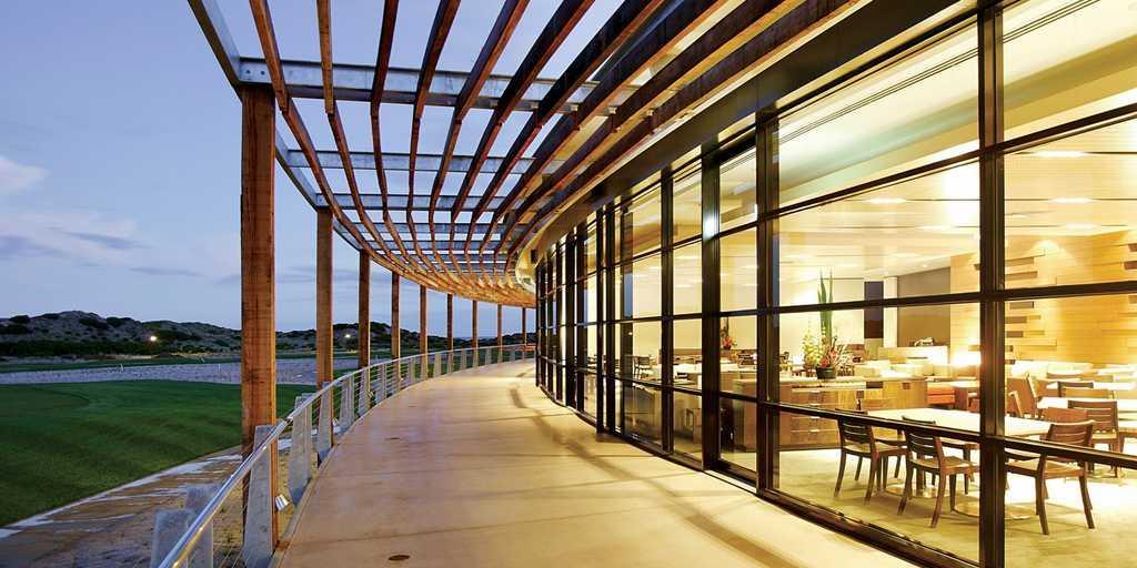 Restaurant Terrace: Peppers The Sands Resort