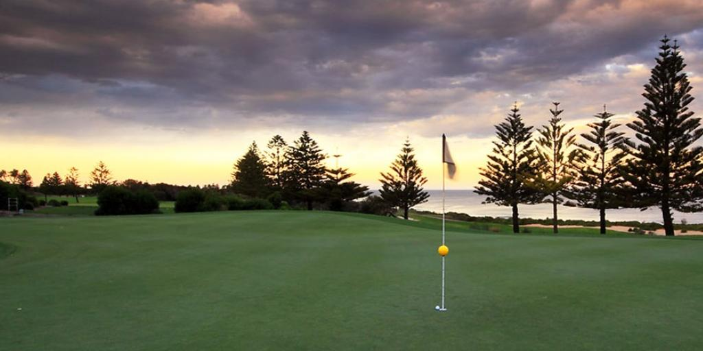 Hole 9 Shelley Beach GC
