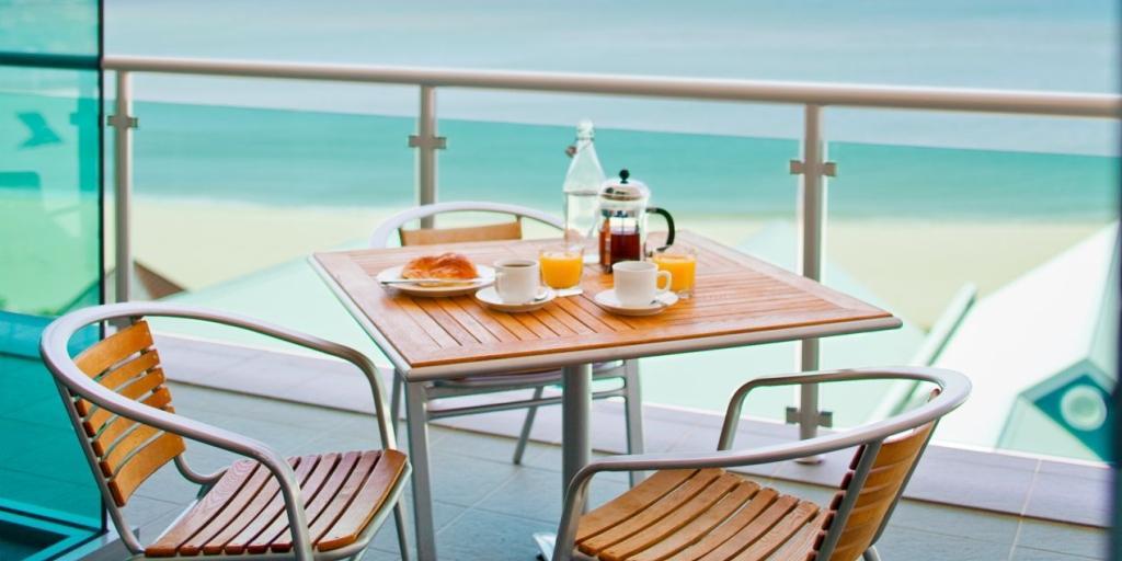 Breakfast Out On The Balcony: Seashells Mandurah